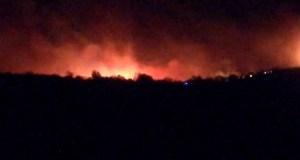 Extinguido o incendio que mantivo en vilo durante a noite a varios pobos do concello de O Bolo
