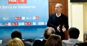 Rafael Rodríguez reúnese coa agrupación socialista do Barco