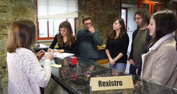 Davide Rodríguez e Paula Quinteiro presentarán no Parlamento unha iniciativa para loitar contra a velutina