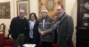 """Unha trintena de artistas ourensáns expoñen no Liceo na mostra """"Unha viaxe solidaria e creativa á vida"""""""