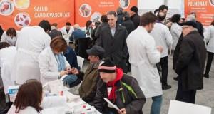 Os farmacéuticos ourensáns saen á rúa para achegar a profesión aos cidadáns