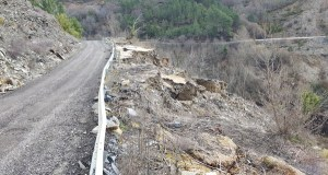O pleno da Deputación aproba definitivamente o proxecto da estrada a San Vicente
