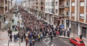Milleiros de persoas saen á rúa en Verín en defensa da sanidade pública