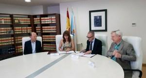 A Secretaría Xeral para o Deporte e Expourense asinan un convenio para a xestión da pista de atletismo