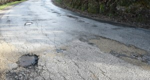 """O partido socialista vianés presentará no pleno municipal unha moción """"a prol da reparación da estrada de San Agustín"""""""