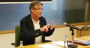 O civismo do pensador verinés Eloy Luis André, analizado por Xosé Ramón García