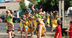 A Rúa móvese ao ritmo do CarnaVrao de San Cristóbal