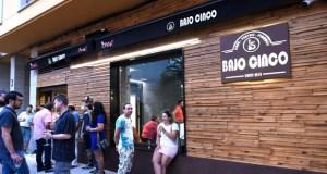 Nace Bajo 5, un novo e orixinal proxecto de hostalaría no Barco