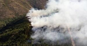 Controlado o incendio forestal de Pradoalbar, no Parque Natural de Invernadeiro