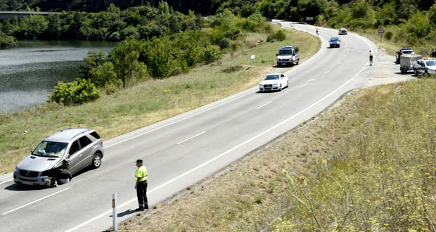 Falece un motorista nun accidente na N-120 en Larouco