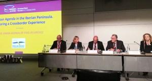 O presidente do Eixo Atlántico, Alfredo García, presenta en Bruxelas a primeira axenda urbana transfronteiriza de Europa