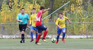 O campo do Aguillón acolle catro partidos de fútbol esta fin de semana