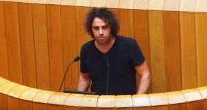 Davide Rodríguez (En Marea) pide no Parlamento galego liberar aos concellos do financiamento do servizo dos GES