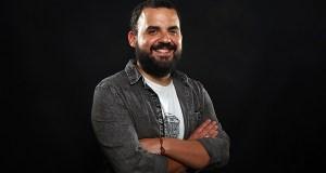 O humorista Alberte Montes repasará en Quiroga unha década de comedia