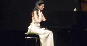 A pianista Sara Marianovich actuará este mércores no colexio Otero Pedrayo de Viloira (O Barco)