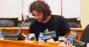 Davide Rodríguez, deputado de En Marea, pide no Parlamento galego un plan integral de atención sanitaria específico para o rural