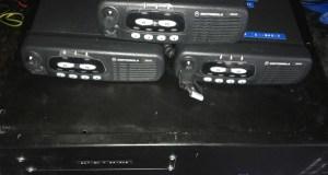 Protección Civil de Manzaneda recibe a doazón dun repetidor portátil e de tres emisoras