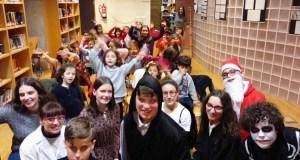 Entre contos e teatro, na fin do Nadal na Biblioteca de Verín