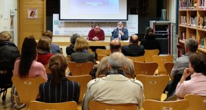 "Teo Palacios presenta a súa novela ""La boca del diablo"" na Biblioteca de Verín"
