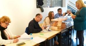 A xornada electoral do 28 de abril en Valdeorras