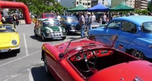 Uns 40 vehículos clásicos, en ruta por Quiroga e Valdeorras
