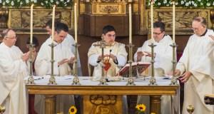 Primeira misa solemne do sacerdote rues Antonio Ferrer Soto