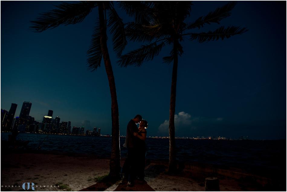 miami skyline engagement photos