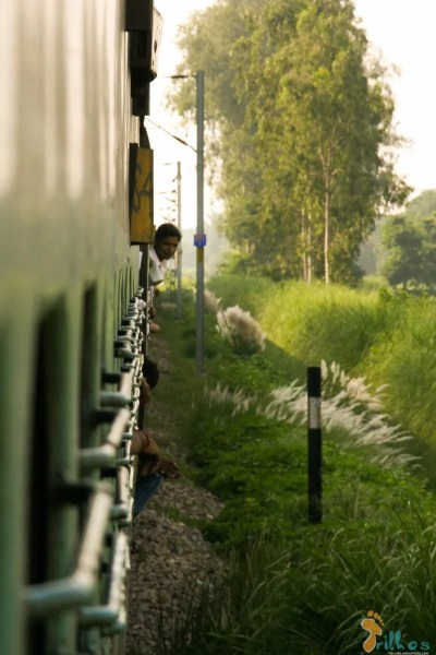 Train on the way to Varanasi
