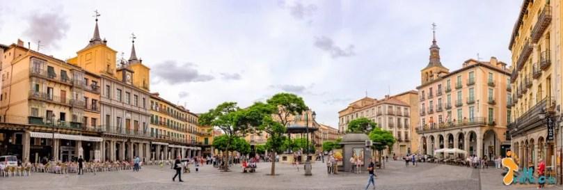 Segovia_osmeustrilho- Plaza Mayor-1-2