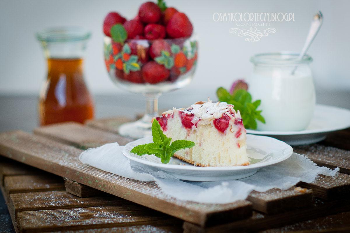 jogurtowe ciasto z truskawkami przepis