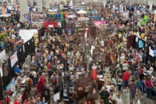 Salt-Lake-Comic-Con-2014-Show-Floor-1030x685