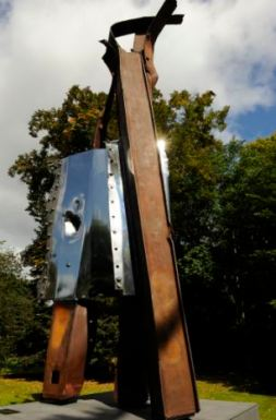 911 London Project. The Mayor of London, Boris Johnson unveiled a sculpture by artist Miya Ando crafted with steel from the World Trade Centre which was destroyed by terrorist attacks. The sculpture in Battersea Park, London. 5-9-11 Lucy Young