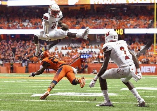 9530016-lamar-jackson-ncaa-football-louisville-syracuse-2