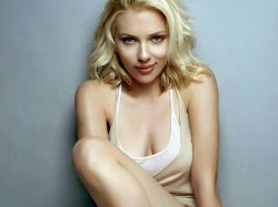 Scarlett Johansson em Gifs!