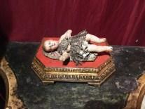 Il bambinello esposto al museo della Fondazione Santomasi a Gravina in Puglia