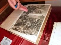 Il libro originale con incisione del Lorenzo Bernini, alla Biblioteca Finya di Gravina, la più antica della Puglia con più di 8000 testi