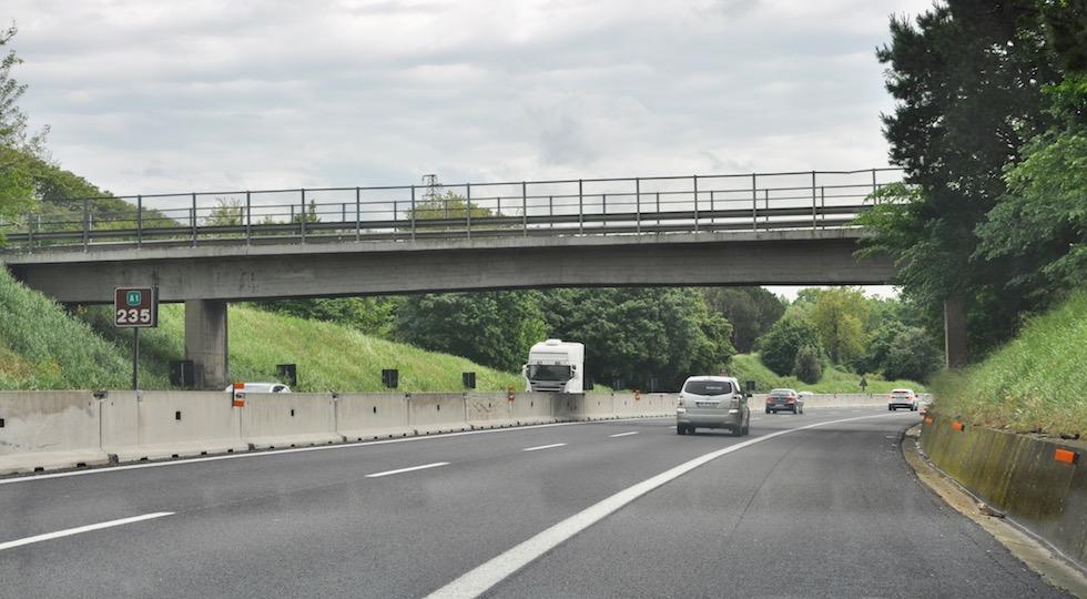 Il cavalcavia 235 sull'A1 tra Incisa Reggello e Valdarno