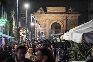 Quattro marocchini e un rumeno arrestati in Corso Como Corso Como, quattro extracomunitari arrestati per furto e spaccio