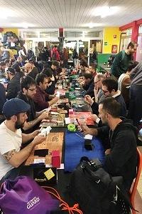 """Alla Casa dei Giochi più di 100 partecipanti al """"Torneo medio di Magic"""""""