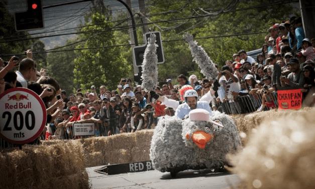 Los carros locos de Red Bull Soapbox Race correrán este sábado en el Parque Metropolitano de Santiago