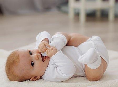 A six mois, les bébés lisent sur les lèvres