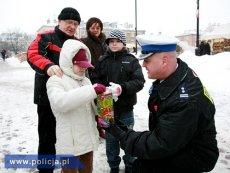 POLICJANCI W CAŁYM KRAJU ZADBAJĄ O BEZPIECZEŃSTWO PODCZAS 27 FINAŁU WOŚP