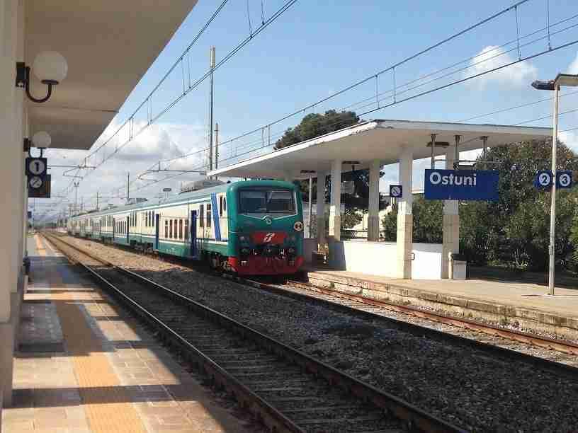 Stazione FS Ostuni