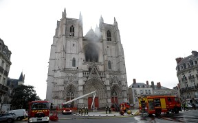 CATHEDRAL-NANTES-FIRE