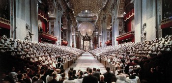 POPE JOHN XXIII LEADS OPENING SESSION OF SECOND VATICAN COUNCIL