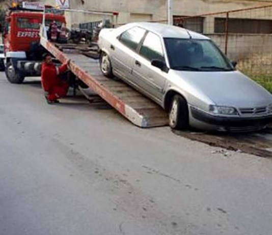 απομάκρυνση εγκαταλειμμένων οχημάτων