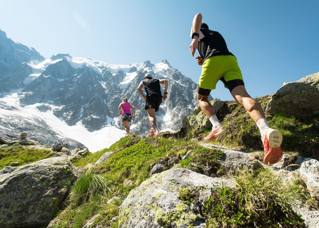 Running-in-the-mountains_web