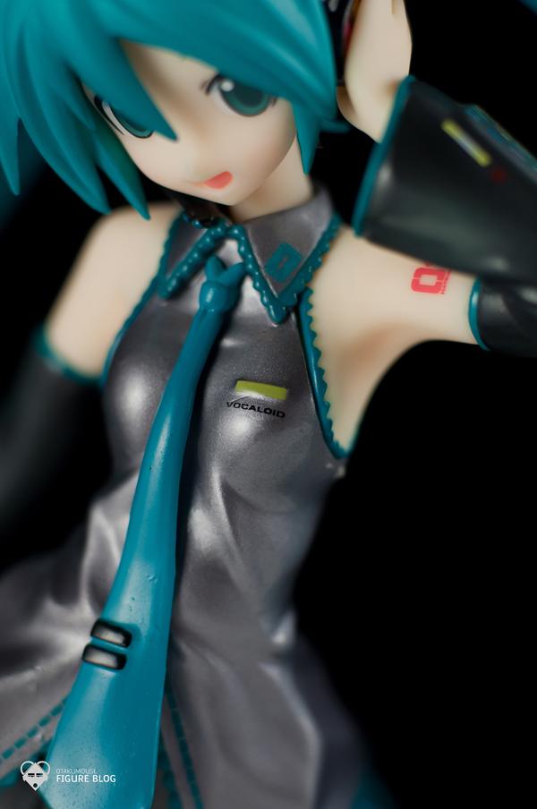 Review   GSC: Miku Hatsune (CVS 01) (13)