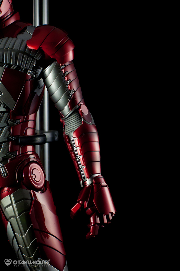Review | Hot Toys: Ironman Mark V (49)