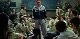 Diretor e ator Takeshi Kitano atacado em Tóquio no seu carro com picareta